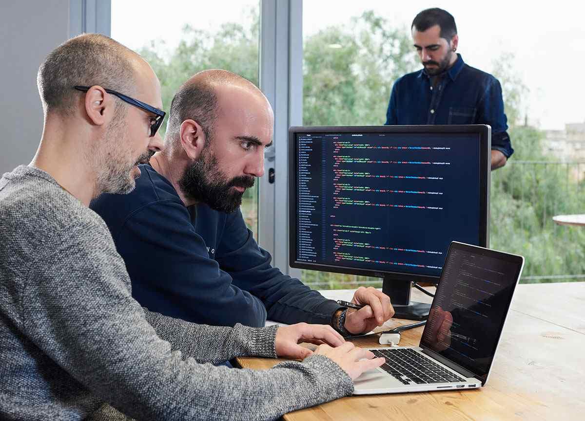 Addcom digital service web design and programming